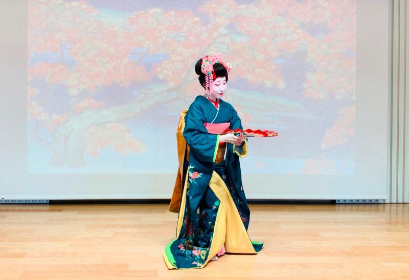 Japanese dance performance 2